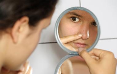 La mitad de las mujeres de 25 hacia arriba presenta problemas dermatológicos que se creían superados en otra etapa.